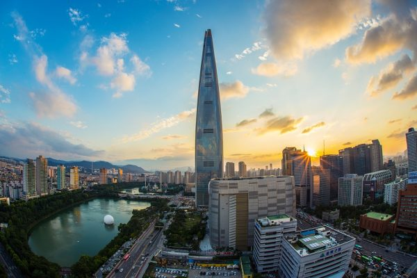 lotte-world-tower-1791802_960_720