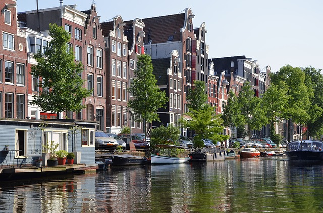 amsterdam-988040_640