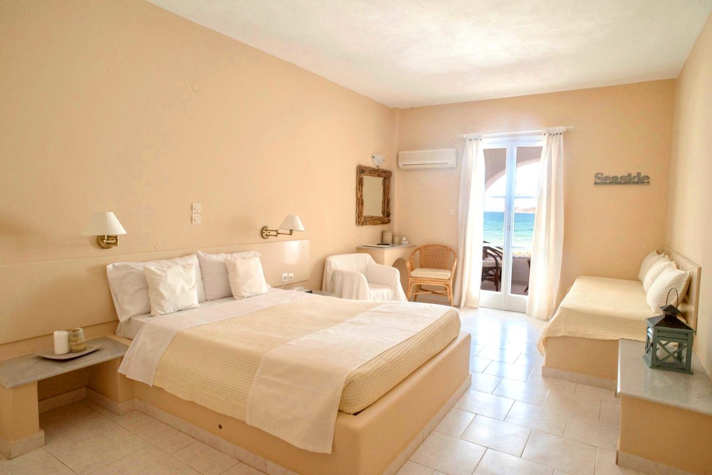 accommodation-holiday-sun-room-1024x683