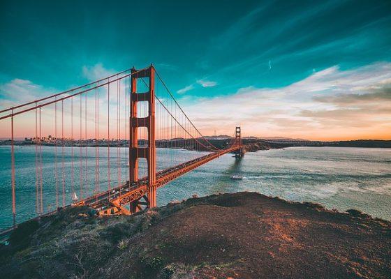 golden-gate-bridge-1081782_640