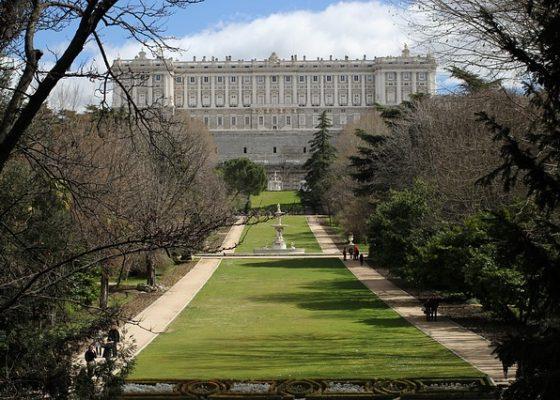 royal-palace-1876479_640