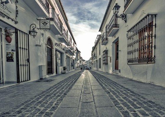street-2419975_640