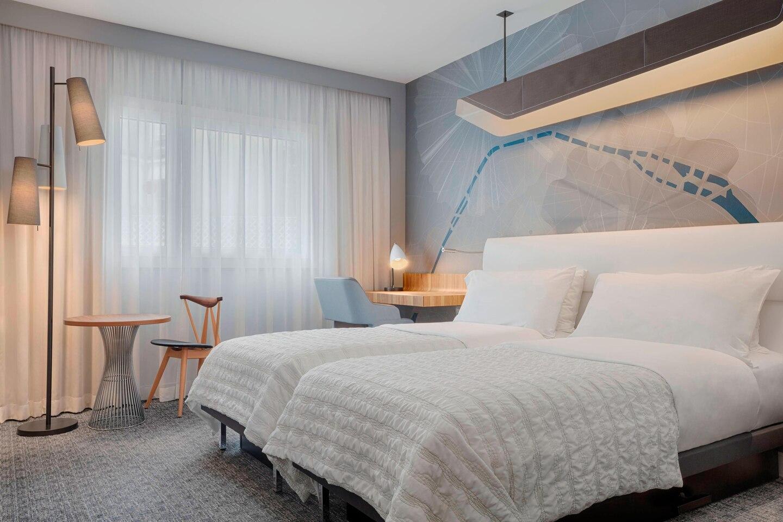 parmd-guestroom-5361-hor-clsc
